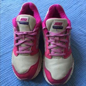 Other - Nike sneaker for girl